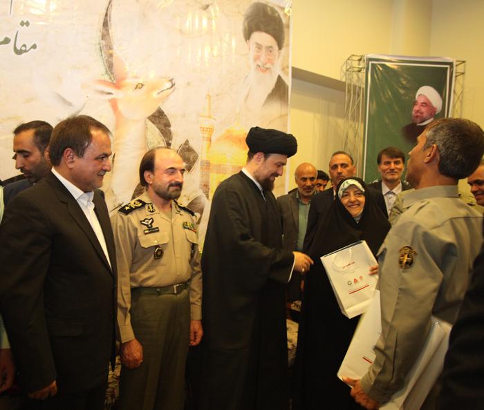 تجلیل بانک ملت از محیط بانان با حضور حجت الاسلام والمسلمین سید حسن خمینی