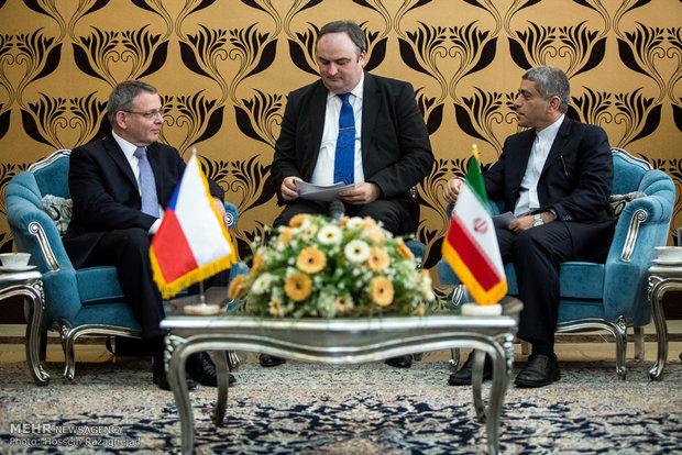 نهایی سازی نقشه راه همکاری های اقتصادی ایران و چک