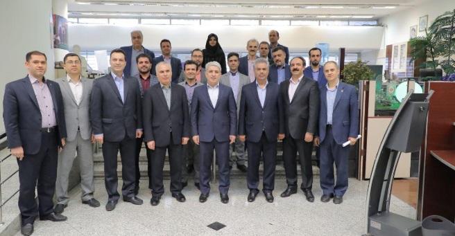 بازدید سرزده مدیرعامل بانک ملی ایران از دو شعبه دانشگاه تهران و فخر رازی